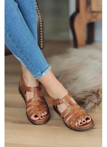 Pembe Potin A020-20 Kadın Sandalet Taba